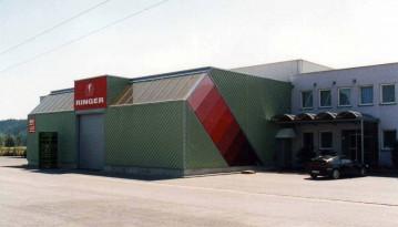 Schauhalle-Firma-Ringer-Regau